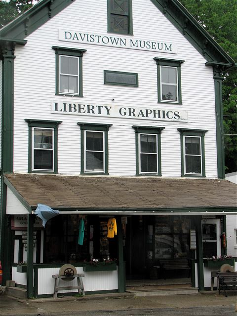 Liberty Graphics prints tee shirts for many museums and historical sites and attractions and sells the seconds here. Hilary Nangle photo