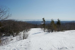Camden Snow Bowl, in Camden Maine, may be small, but it offers big views. Camden SNow Bowl image