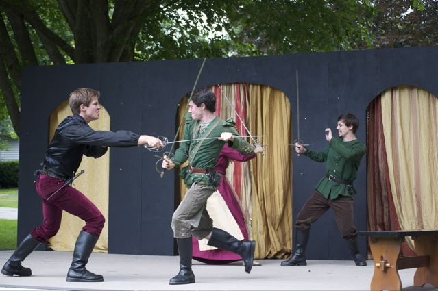 Catch a live, outdoor performance of Shakespeare free, in downtown Kennebunk.