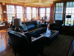 Lounge at Blair Hill Inn. Hilary Nangle photo. IMG_8236