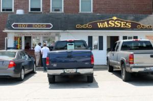 Wasses Hot Dogs, Rockland. Tom Nangle photo. DSC_8358
