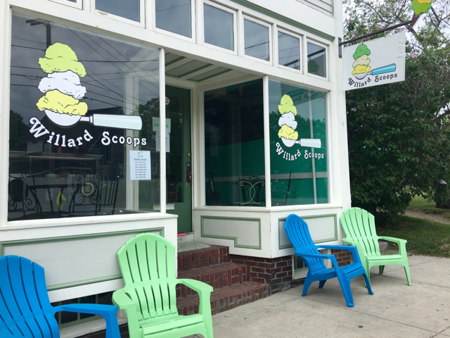 Willard Scoops in South Portland makes its own ice cream. ©Hilary Nangle