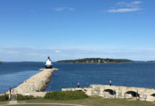 Explore Fort Preble and mosey out the breakwater to Spring Point Ledge Lighthouse in South Portland. ©hilary Nangle